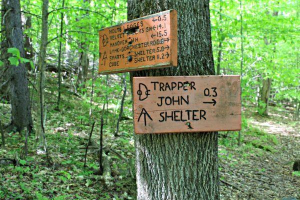Holt's Ledge and Trapper John's Shelter Sign