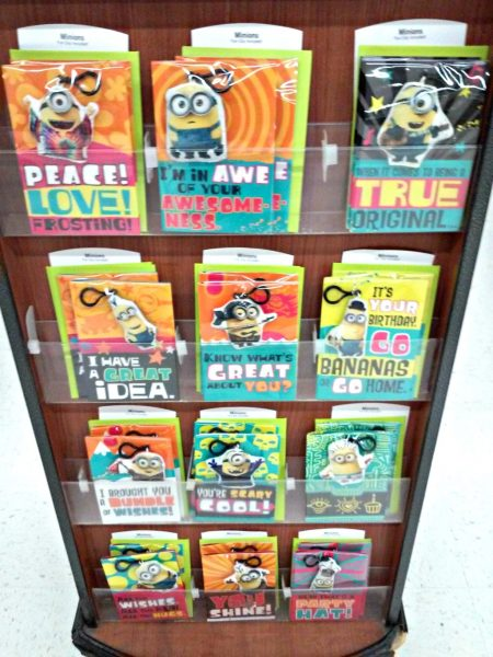 Minions Card Display