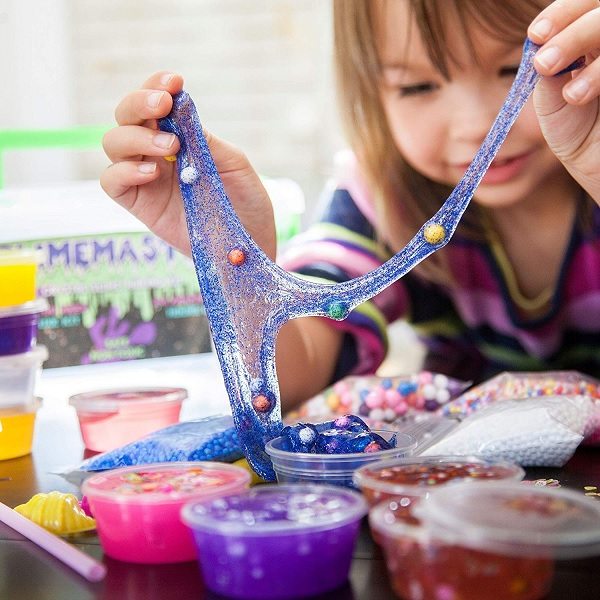 Slime kit! Make fun slime with glitter, beads and more with this slime making kit!